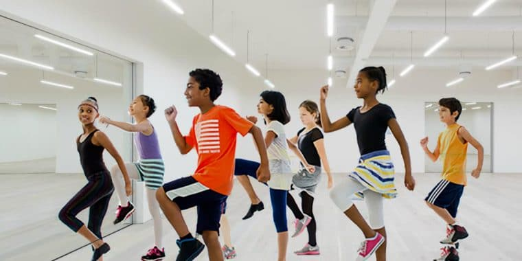 Street dance, dance classes for kids, kids, poplar union, health, wellbeing, east London, Jana Karaikoza, get kids active