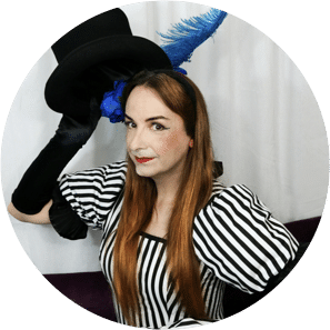 Alice d'Lumiere, scratch crackle and pop, poplar union, scratch night, cabaret, Edinburgh preview, June, free, things to do, art, culture, east London, writer, performers, new work