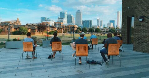 outdoor art class, poplar union, workshop, painting class, landscape painting drawing tower hamlets poplar, east london, Canary Wharf, arts centre